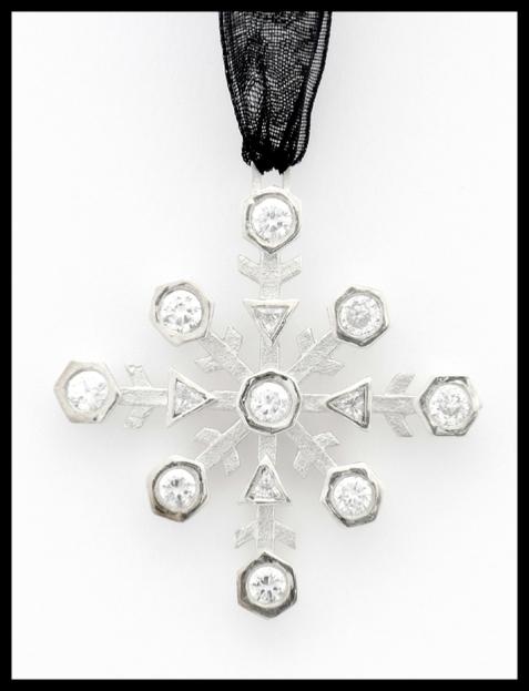 unique designer jewellery by the balck daisy company